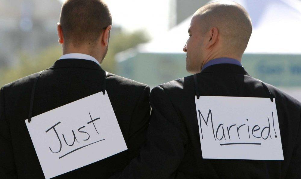 Homosexual marriage rights essay
